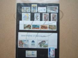 VEND BEAUX TIMBRES DE S.P.M. , ANNEES 1995 + 1996 + P.A. , XX !!! - Années Complètes