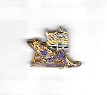 Pin's  Double  Moule  Pin' Up, Cinéma Actrice MARILYN  Robe Violette  Cartouche  Violette Voir  Description - Pin-ups
