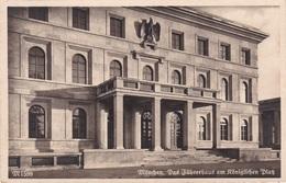 Ansichtskarte Aus München -Das Führerhaus Am Königlichen Platz- - München