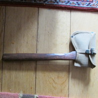 WW1 US Army Ax And Cover - 1914-18