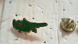 Pin's île De Chypre  P50 - Autres