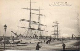 """44 SAINT-NAZAIRE  Le """"Jean-Baptiste"""" Au Quai Demange - Saint Nazaire"""