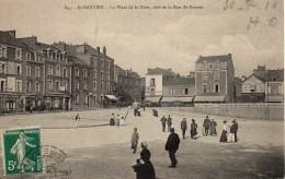 44 SAINT-NAZAIRE La Place De La Gare , Côté De La Rue De Nantes - Saint Nazaire