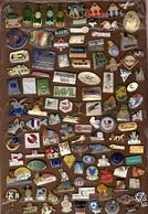 Lot De 220 Pin's - Badges