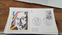 LOT 398316 TIMBRE DE FRANCE 70  PREMIERS JOUR PORT A 3 EUROS - Stamps