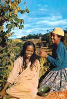 1 AK Madagaskar * Hair Dressing - IRIS Karte 5384 * - Madagaskar