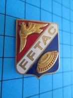 Pas Pin's Mais BROCHE Thème SPORTS / FFTAC FEDERATION FRANCAISE  DE TIR AUX ARMES DE CHASSE - Badges