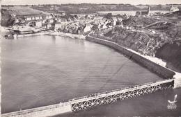 """14.PORT EN BESSIN . RARETE. VUE AÉRIENNE. LA PLAGE. ANNEE 1961. SÉRIE """" EN AVION AU DESSUS DE...."""" - Port-en-Bessin-Huppain"""