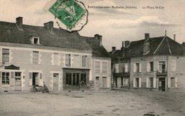 (67) CPA  Entrains Sur Nohain  Place St Cyr  (Bon Etat  ) - France