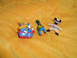 LOT DE 3 FIGURINES DISNEY. / MICKEY ET DINGO EN PLASTIQUE ET DONALD SUR BATEAU EN METAL. DATE ?. - Disney