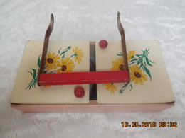 BOITE BOIS COUTURE...A IDENTIFIER...RARE..VINTAGE - Toy Memorabilia