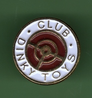 DINKY TOYS *** CLUB *** 0016 - Badges