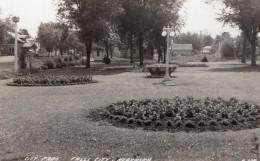 Nebraska Falls City Jardin Public Ancienne Carte Photo LL Cook EKC 1940 - Etats-Unis