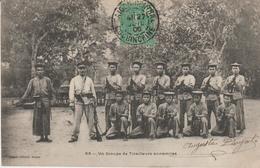 Indochine - Un Groupe De Tirailleurs Annamites - Viêt-Nam