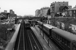 La Garenne-Bezons. SNCF Banlieue St-Lazare. Cliché Jacques Bazin. 01-06-1972 - Trains