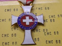 SUISSE  Medaille   La Svisse  Romande An .d. De  Lovrdes - Otros