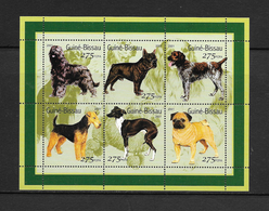 O) 2001 GUINEA BISSAU, DOG, FCFA SHEET MNH - Guinea-Bissau