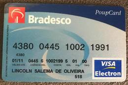 BRAZIL (2) BRADESCO BANK CARD - 01/2011 - Credit Cards (Exp. Date Min. 10 Years)