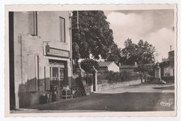 CPSM ST LOUIS DE MONTFERRAND Entrée Du Bourg - Autres Communes