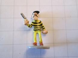 Figurine PLASTOY 2007/2008 En Métal Peint / NUGGET GULCH Et LUCKY LUKE : UN DALTON  , état Neuf Sorti Du Blister Pour La - Figurines
