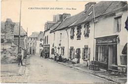 CHATEAUNEUF DU FAOU   Une Rue  (carte écrite à Un Prisonnier ) - Châteauneuf-du-Faou