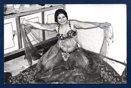 Carte-photo. Danseuse  égyptienne - Beauté Féminine (1941-1960)