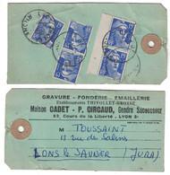 195? - ETIQUETTE De COLIS Ou SAC AFFRANCHIE À 75F Avec GANDON 15F X 7 CAD LYON PREFECTURE Pour LONS LE SAUNIER JURA - Marcophilie (Lettres)