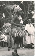 CENTRAFRIQUE, BOUAR - Jeune Danseuse Baya, Danses De La Circoncision - Bouchard - Central African Republic