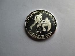 Cuba, 5 Pesos, 1983 1984 Winter  Olympics - Hockey 0.9990 % - Cuba