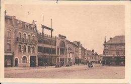VOUZIERS.un Coin De La Place Carnot - Sonstige Gemeinden