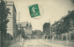 92 ANTONY / La Rue Des Deux Gares / - Antony