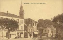 92 GARCHES / Place Des Tilleuls Et La Mairie / - Garches