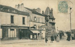 93 ROMAINVILLE / La Place Carnot / - Romainville