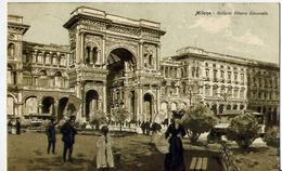 Milano - Galleria Vittorio Emanuele - Formato Piccolo Viaggiata – Ad - Milano