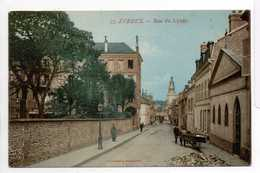 - CPA EVREUX (27) - Rue Du Lycée (avec Personnages) - Edition JEANGETTE N° 35 - - Evreux