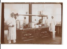"""ADINKERKE """"De Panne"""" - Hôpital Militaire Belge CABOUR - La Cuisine Et Les Chefs - Photo Format: 18/12cm - 2 Scans - De Panne"""