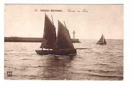29 Brest Sortie Du Port Barques Bretonnes Bateau Barque Bretonne Phare - Brest