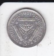 MONEDA DE PLATA DE SUDAFRICA DE 3 PENCE DEL AÑO 1951 GEORGIUS SEXTUS REX  (COIN) SILVER,ARGENT. - Sudáfrica