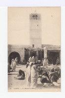 Gabès. Le Minaret à Menzel. Avec Marché Arabe. (2858) - Tunisie