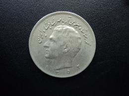 IRAN : 10 RIALS  1352 (1973)   KM 1179    TTB - Iran