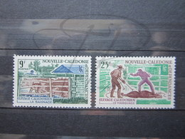 VEND BEAUX TIMBRES DE NOUVELLE-CALEDONIE N° 356 + 357 , XX !!! - Neukaledonien