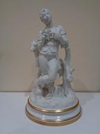 Figura En Porcelana Biscuit De Un Pastor Con Una Cabra. Marca Española BIDASOA. - Ceramics & Pottery