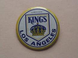KINGS Los Angeles : Older Button / Pin / Speld / Epingle ( +/- 56 Mm. ) Zie Photo / Foto Voor Detail ! - Los Angeles Kings