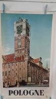 AFFICHE : POLOGNE  : L'hôtel De Ville Du XVe Siécle Et Le Monument De Copernic    ,H 85,03,L 51,05 - Posters