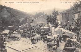 43-AUZON-LE PLACE DE LA BARRERE, UN JOUR DE FOIRE - France