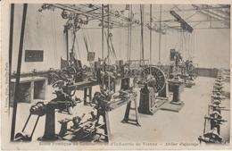 école Pratique De Commerce Et D'industrie De Vienne- Atelier D'ajustage - Vienne