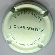 CAPSULE-CHAMPAGNE CHARPENTIER J. N°11 Fond Vert Pâle & Vert - Other