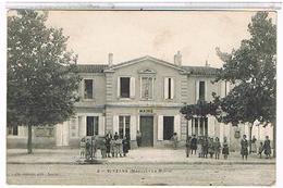 33   SAINT  YZANS   LA  MAIRIE  (MEDOC ) TRES  ANIMEE   TBE   1I539 - France