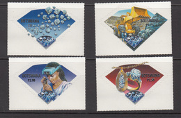 2001 Botswana Diamonds Jewellery  Complete Set Of 4   MNH - Botswana (1966-...)