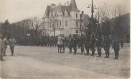 Carte Photo  Souvenir D'une Remise De Décoration Par Le Gal Joffre (voir Le Verso) - Guerre 1914-18